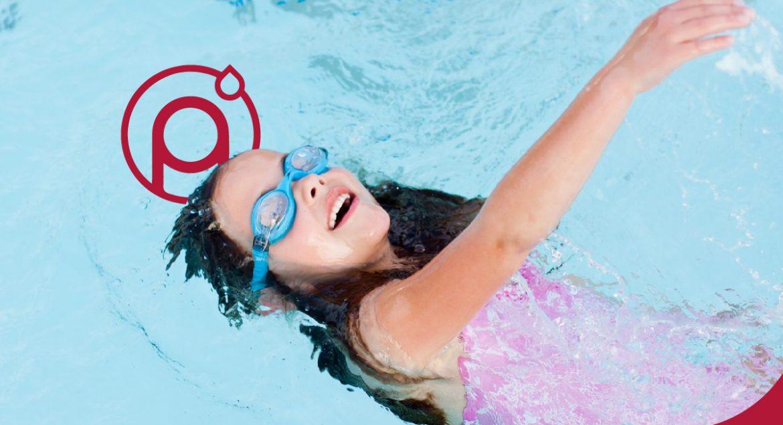 berenang-dikolam-renang-air-hangat